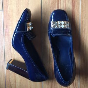 Navy patent Tory Burch heels! PERFECT condition!